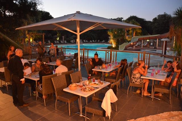 Camping-campingufarniente-restaurant-bonifacio-corse.jpg