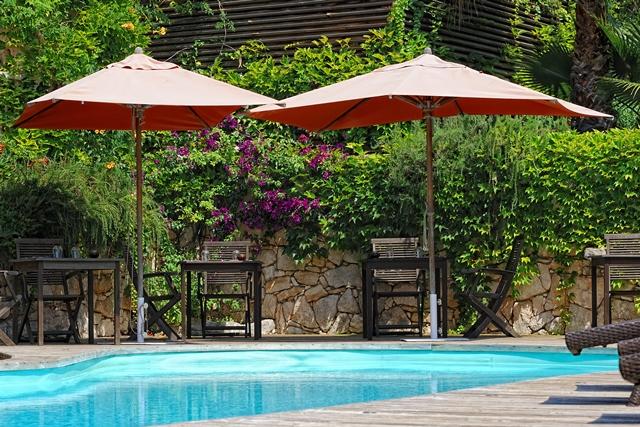 Hotel-acheda-piscine-bonifacio-corse.jpg