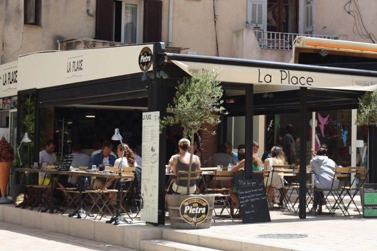 Restaurant-laplace-ambiance-bonifacio-corse.jpg