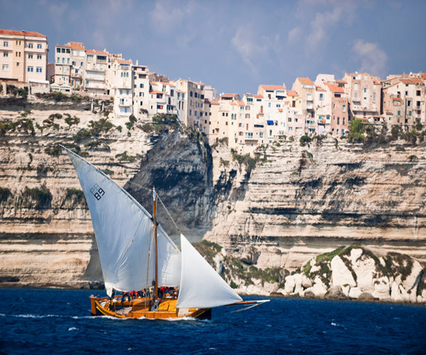 Grotte-balade-famaise-Bonifacio-Corse.jpg