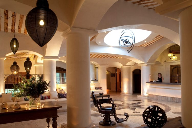 hotel-capubiancu-réception-Bonifacio.jpg