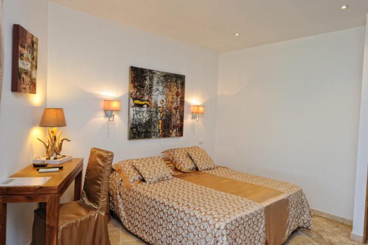 Hotel-Licetto-hébergement-Bonifacio-chambre-Corse.jpg