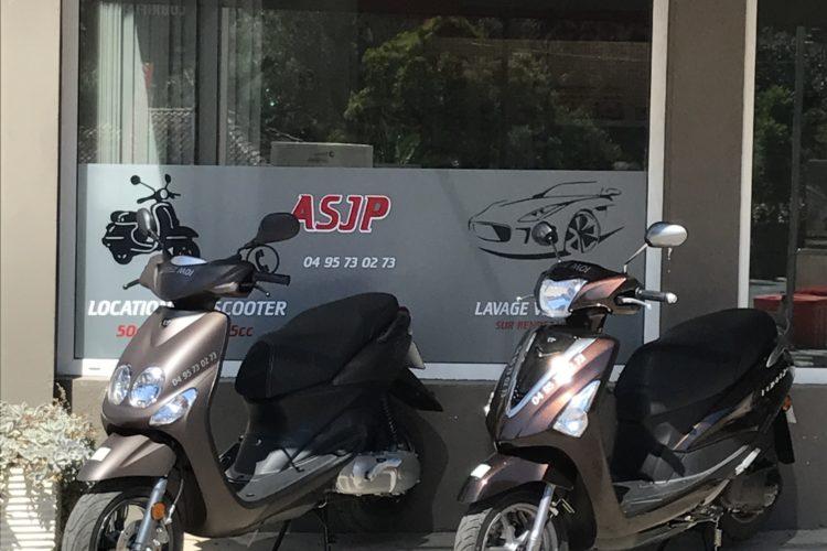 Location-scooter-bonifacio-balade.jpg