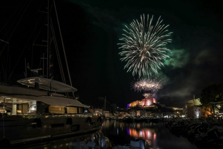 fuochi-d'artificio-6-bonifacio-corsica