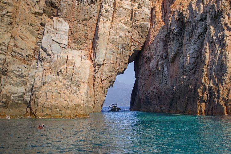 geologie-roche-corsica-piana