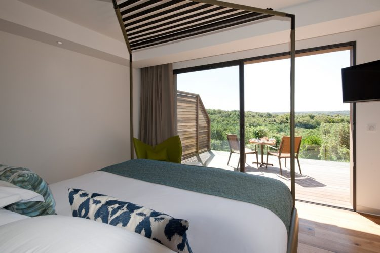 Hotel-version-citadelle-maquis-Bonifacio.jpg