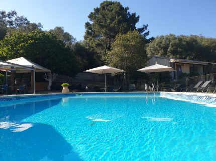 Hotel-Preca-Gianca-piscine-Bonifacio.jpg