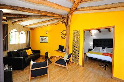 A-Cheda-Jardin- extérieuronifacio-suite-Corsica.jpg
