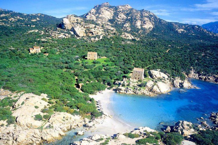 Heli-sud-Corse-corse-plage-Corsica.jpg
